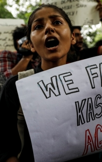 Kashmir tensions intensify amid India-Pakistan conflict