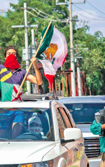 People protested against President López Obrador