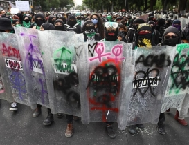 Protesters clashed with Mexico City police on International Safe Abortion Day