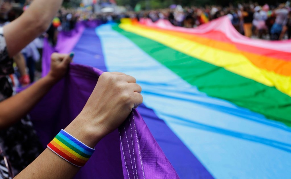Thailand moves to legalize same-sex unions