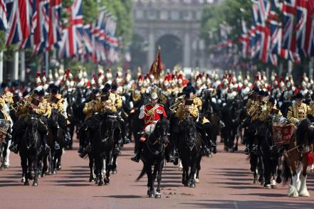 britain-royal-trooping_61730393.jpg