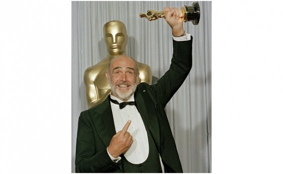 sean_connery_oscar_0.jpg