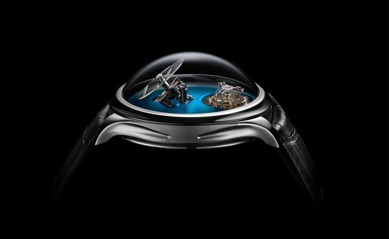 endeavour_cylindrical_tourbillon_h._moser_x_mbf_1810-1200_pr_02_black_background.jpg