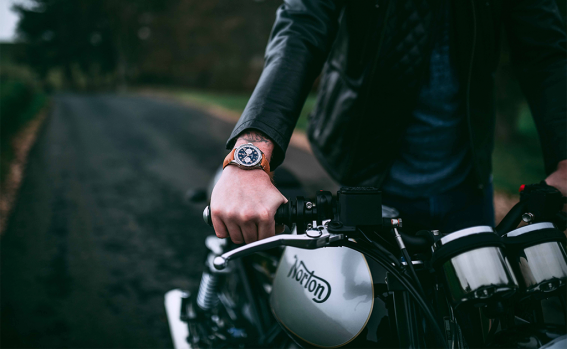 premier_norton_edition_and_the_norton_commando_961_cafe_racer_mkii_breitling_limited_edition_motorcycle_22555_18-03-19.png