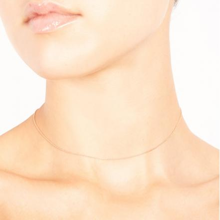 gold-chain-choker-onbody.jpg