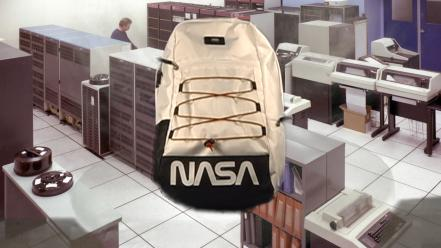 ho18_spacevoyager_vn0a3hm3xh9_snagplusbackpack_spacewhite_elevated.jpg