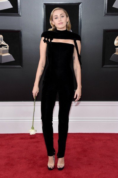pequeus-60th-annual-grammy-awards-arrivals_55469317.jpg