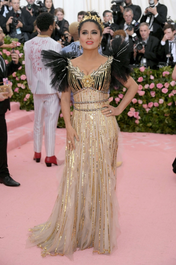 us-the-2019-met-gala-celebrating-camp-notes-on-fashion-arriva_97043930.jpg