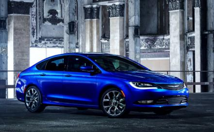 chrysler_200_1.jpg