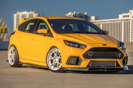 ford_focus_rs-.jpg