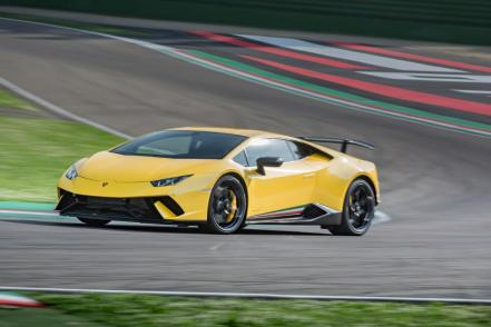 huracan_performante_yellow.016.jpg