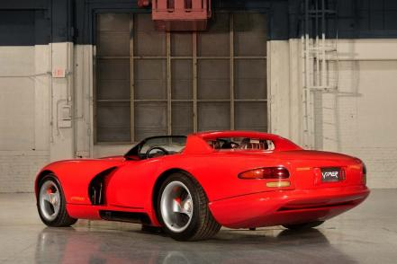 the-first-dodge-viper-is-a-brutal-bargain-1476934603132-1000x667_2.jpg