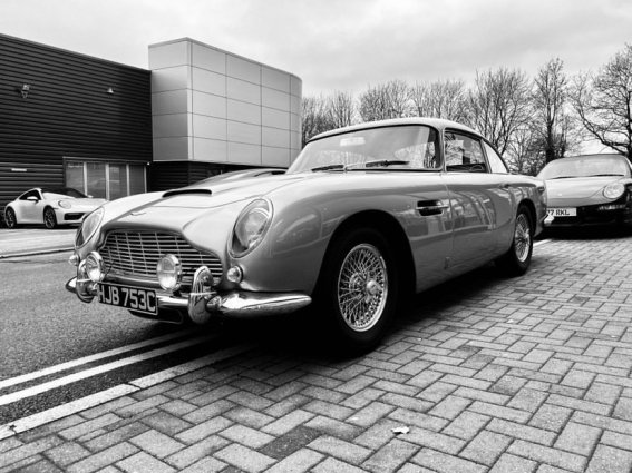 1965-aston-martin-db5-stolen-uk-2.jpg