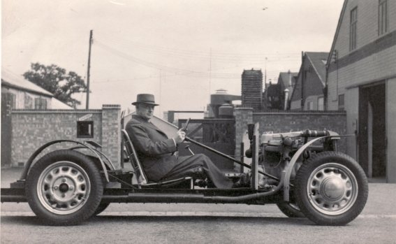 hfs-morgan-and-4-4-experimental-chassis.jpg
