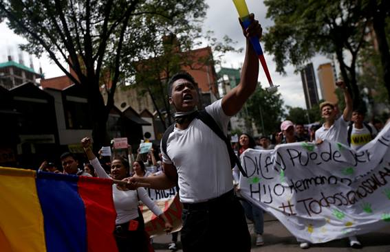 colombia-strike_107389614.jpg