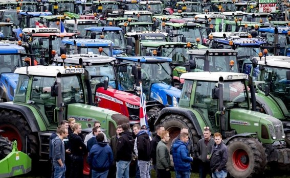 dutch_farmers_protest_against_nitrogen_policy_rules_105726867.jpg