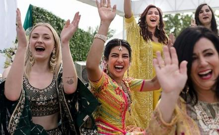 india-us-entertainment-celebrity-wedding_75522029.jpg
