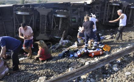 turkey_tekirdag_train_accident_63357728.jpg