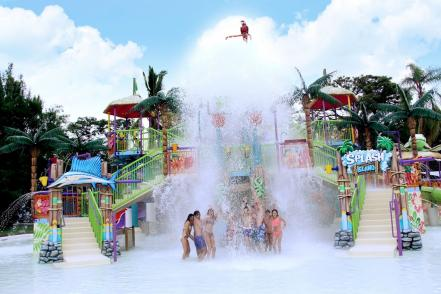 six_flags_hurricane_harbor_oaxtepec_morelos6.jpg