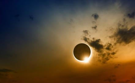 eclipse_total_21_agosto-c.jpg